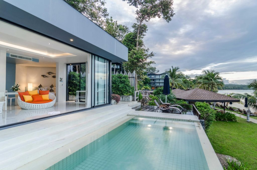 Beyond resort krabi truly beachfront hotel on andaman for Design hotel krabi
