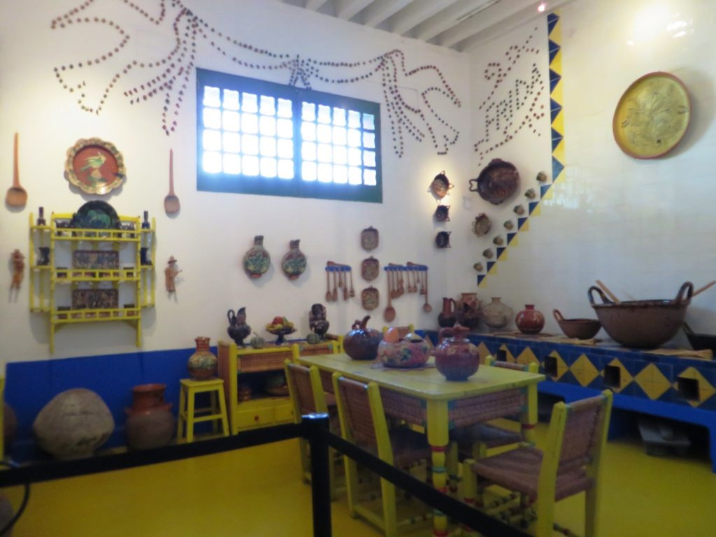 Dining_Room_Frida_Khalo_Musum_Mexico_City