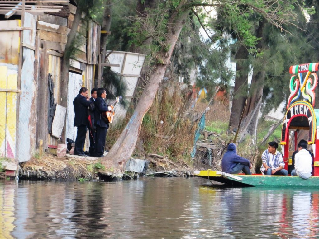 Xochimilco_Boat_Ride_in_Mexico_City