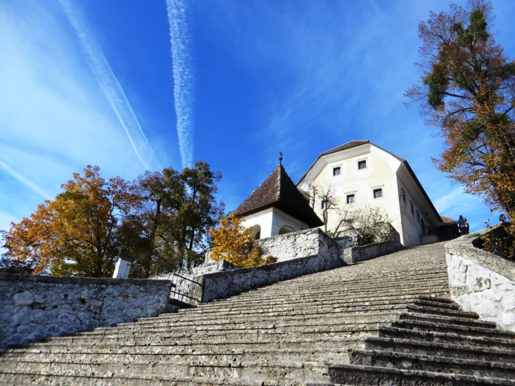 Bled_island_stairs