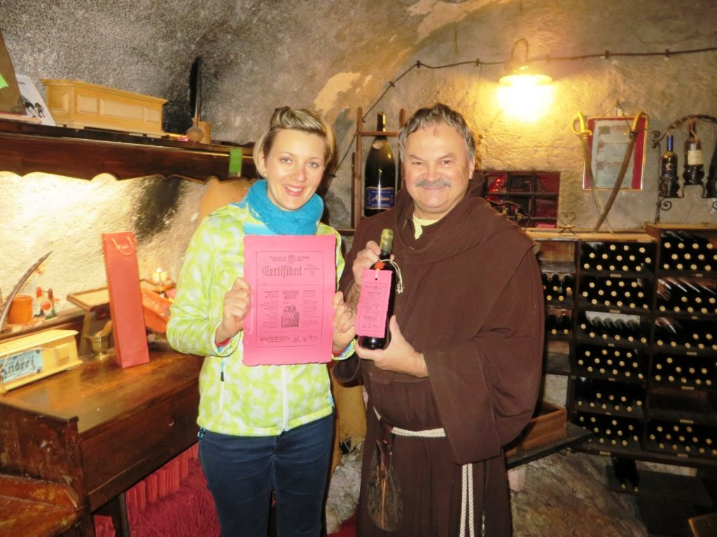 wine_cellar_bled_castle