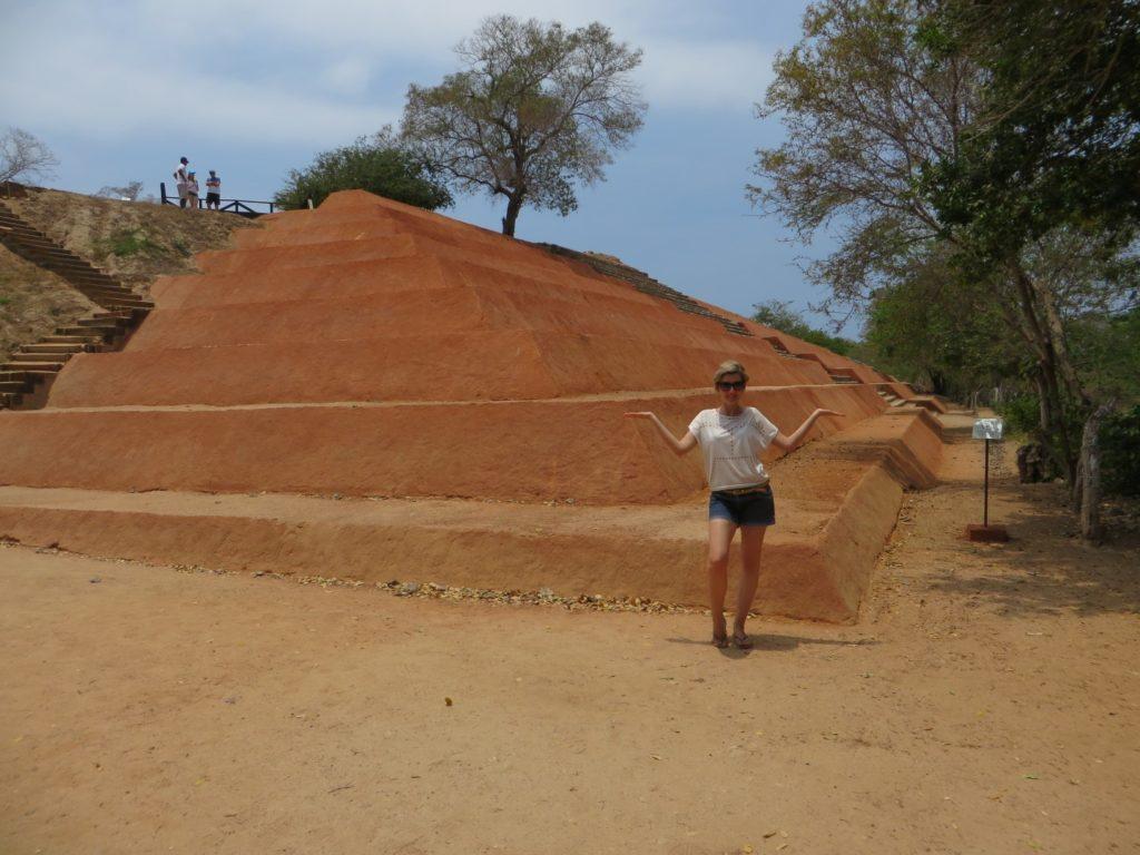 Pyramids_Ixtapa_Xihuacan